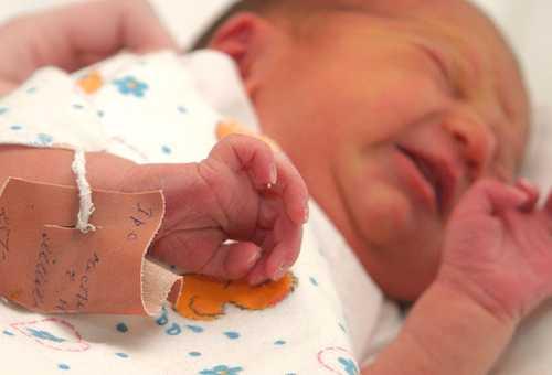 второй ребенок рождается крупнее первого: