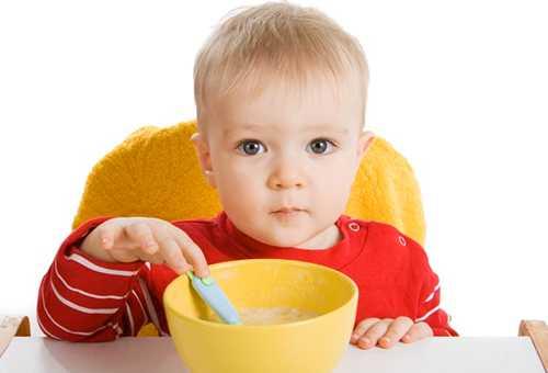Готовим кашу для малыш