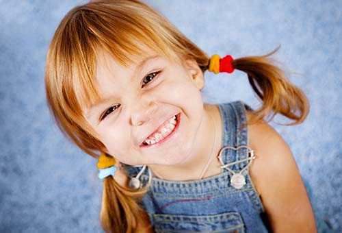 Возможные причины скрежета зубами у маленьких детей