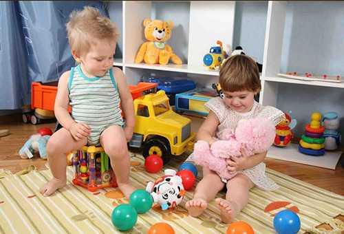 Гендерные различия при выборе игрушек для годовалых ребят