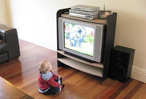Развивающие мультики для детей до года - что смотреть?