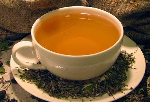 Чашка травяного чая