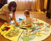 Что такое развивающий коврик для ребенка?