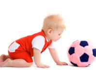 Важность ползания и оптимальный возраст для развития навыка