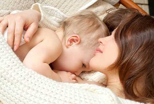 Польза кормления грудью для мамы