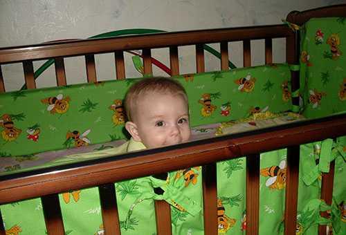 Польза от бортиков для детской кроватки