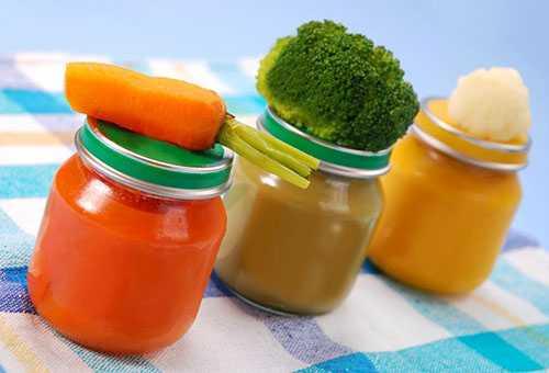 Какие продукты и в каком объеме вводить в рацион малыша?