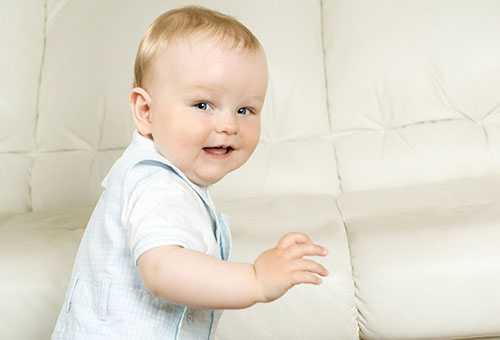 Варианты проявления эмоций у малыша в 10 месяцев