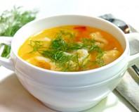 Простой овощной суп с цветной капустой