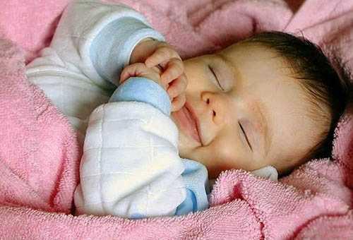 Во что одевать малыша ночью?