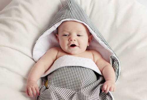 Малыш в демисезонном конверте