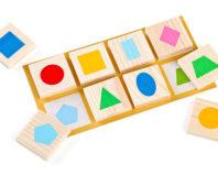 Развивающая игра для детей с геометрическими фигурами