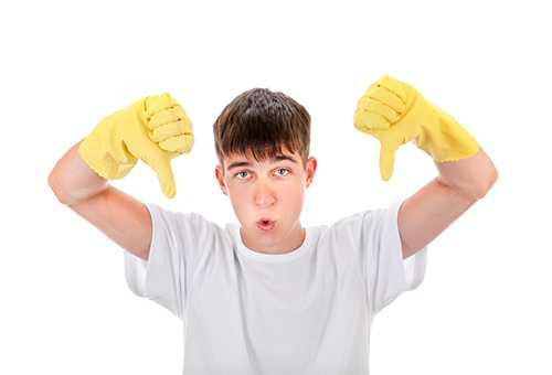Подросток не хочет делать уборку
