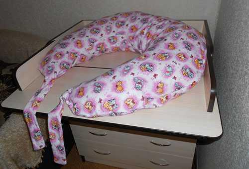 Самодельная подушка для кормления