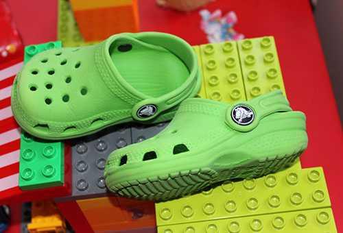 Детская обувь для пляжа