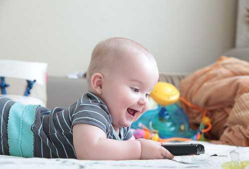 Активный ребенок 6 месяцев