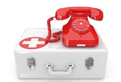 Аптечка и телефон