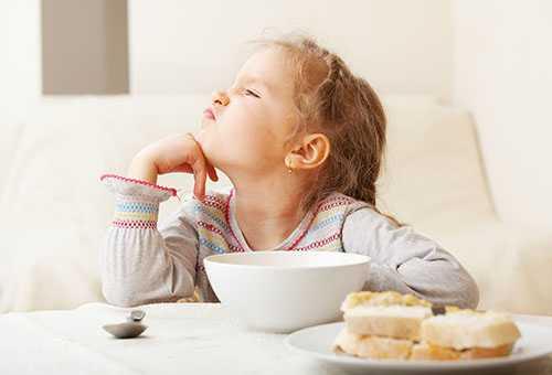 Отказывается кушать ребенок