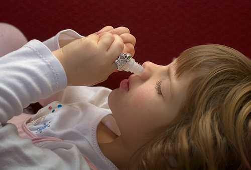 Капли от насморка для ребенка
