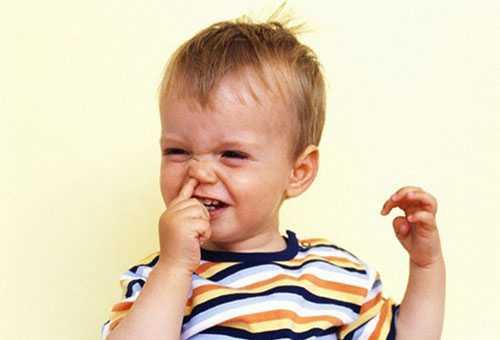 Дискомфорт у ребенка от масляных капель в нос
