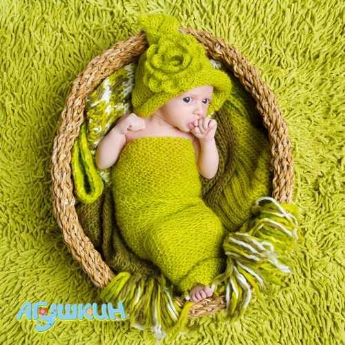 Зеленый стул у младенца: причины